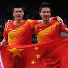 羽毛球双打后场那点事 中国羽毛球网